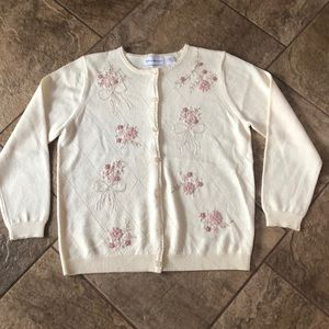 | nwot | ALFRED DUNNER Flowers + Bows Cardigan